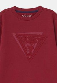 Guess - JUNIOR ACTIVE - Bluza - red sea - 2