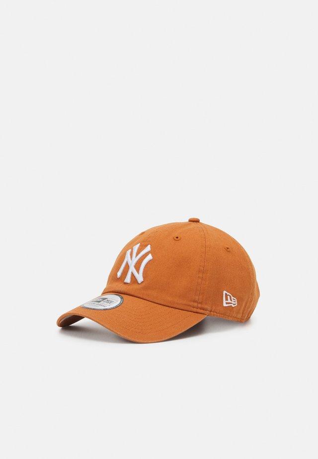 TEAM TWENTY UNISEX - Cap - orange