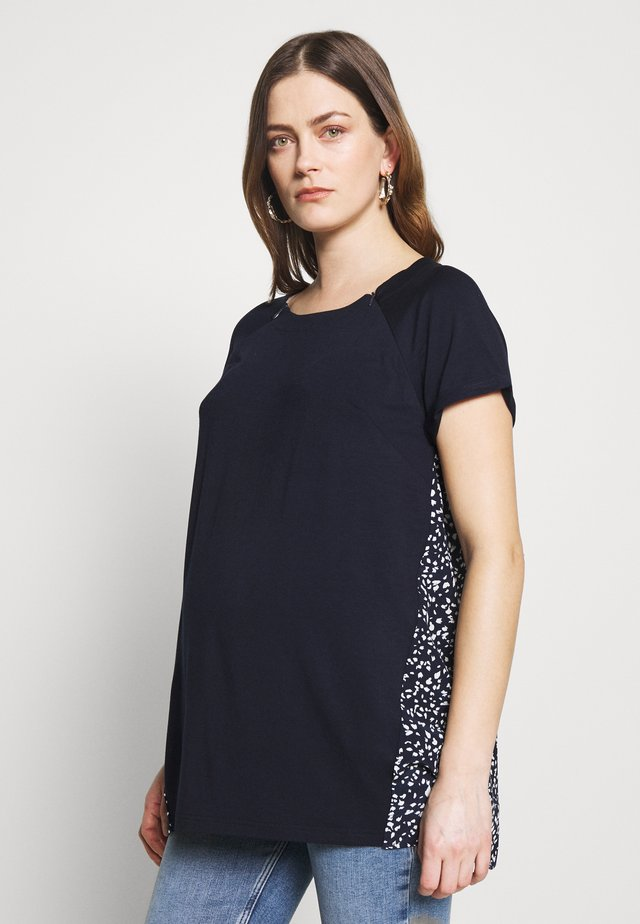 BLANCA - T-shirt con stampa - navy/ivory