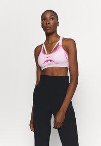 Nike Performance - INDY ULTRABREATHE BRA - Sport BH - pink foam/hyper pink/black - 0