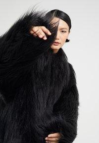 MM6 Maison Margiela - Zimní kabát - black - 3