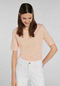 Oui - Print T-shirt - white yellow/or - 0