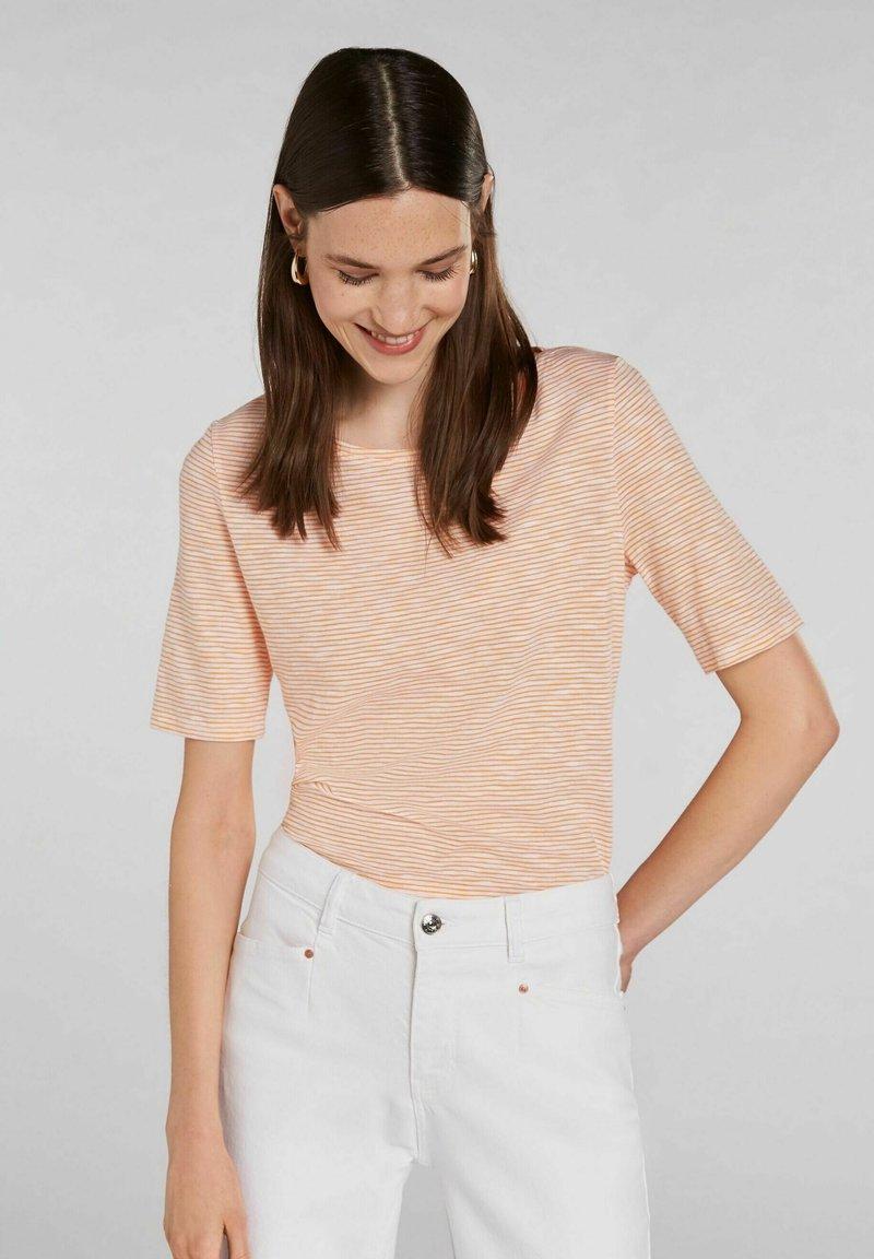 Oui - Print T-shirt - white yellow/or