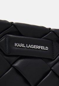 KARL LAGERFELD - KUSHION BRAID - Clutch - black - 5