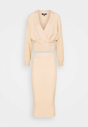 DOUBLE BREASTED CARDIGAN AND RIBBED MIDI SKIRT SET - Cardigan - beige