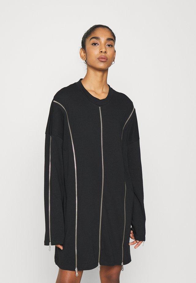 PEEL DRESS - Sukienka z dżerseju - black