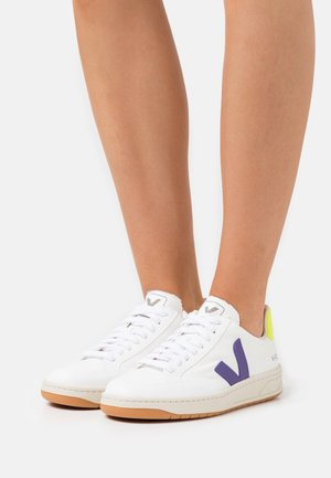 VEGAN V-12 - Sneaker low - white/purple/jaune fluo