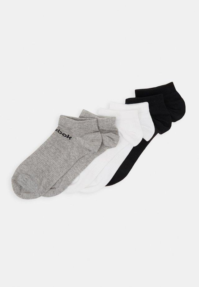 ACT CORE INSIDE SOCK 6 PACK - Calcetines de deporte - medium grey heather/white/black