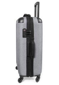 Eastpak - TRANZSHELL - Wheeled suitcase - sunday grey - 3