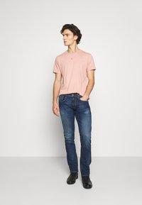 Replay - ROCCO - Straight leg jeans - dark blue - 1