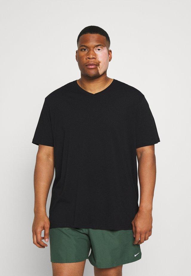 ESSENTIAL V NECK TEE - T-shirt basic - black