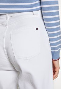 Tommy Hilfiger - Jeans Tapered Fit - white - 5