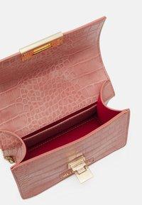 Valentino Bags - ANASTASIA - Across body bag - cipria - 2
