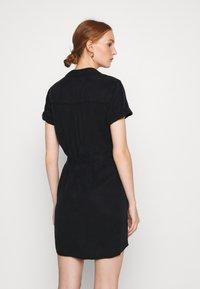 Abercrombie & Fitch - Abito a camicia - black - 2