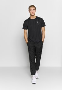 ASICS - KATAKANA  - T-shirt print - performance black - 1