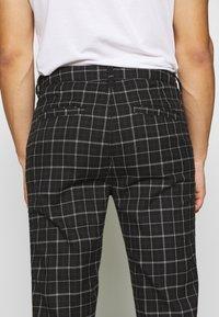 Cotton On - OXFORD - Kalhoty - shadow check - 3