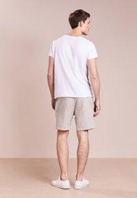 Ron Dorff - EYELET EDITION  - Pantalones deportivos - grey melange - 2