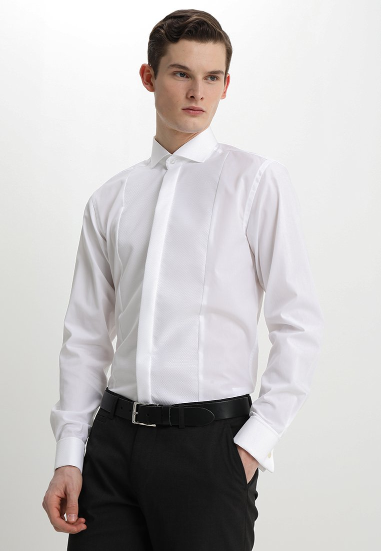 Bruun & Stengade - BOND SLIM FIT - Formální košile - white