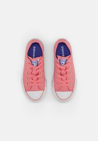 Converse - CHUCK TAYLOR ALL STAR PLATFORM MIDSOLE - Trainers - pink coral/white/purple sapphire - 3
