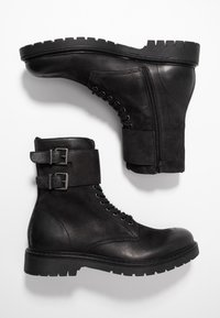 Pier One - Cowboy/biker ankle boot - black - 1