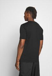 HUGO - DOLIVE - Print T-shirt - black - 2