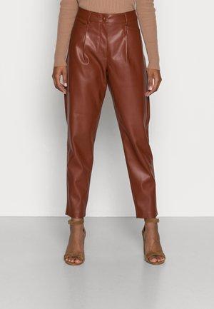 HARLEY ANKLE - Pantalon classique - brown