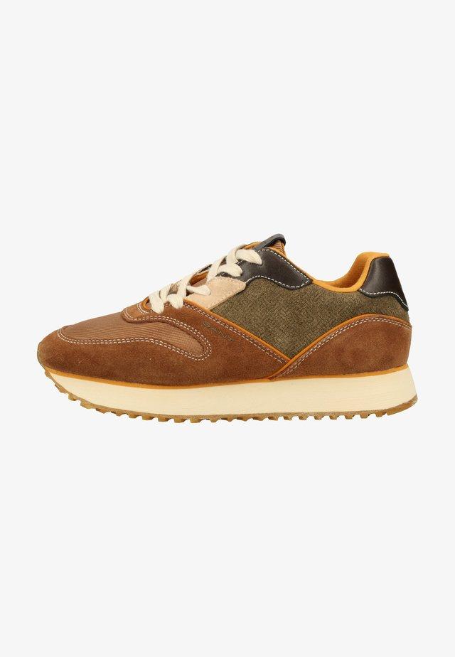 Sneakersy niskie - tan/dk olive