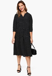 Triangle - MIT PUNKTEMUSTER - Jersey dress - black dots - 1