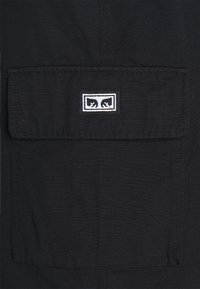 Obey Clothing - EASY BIG BOY PANT - Reisitaskuhousut - black - 2