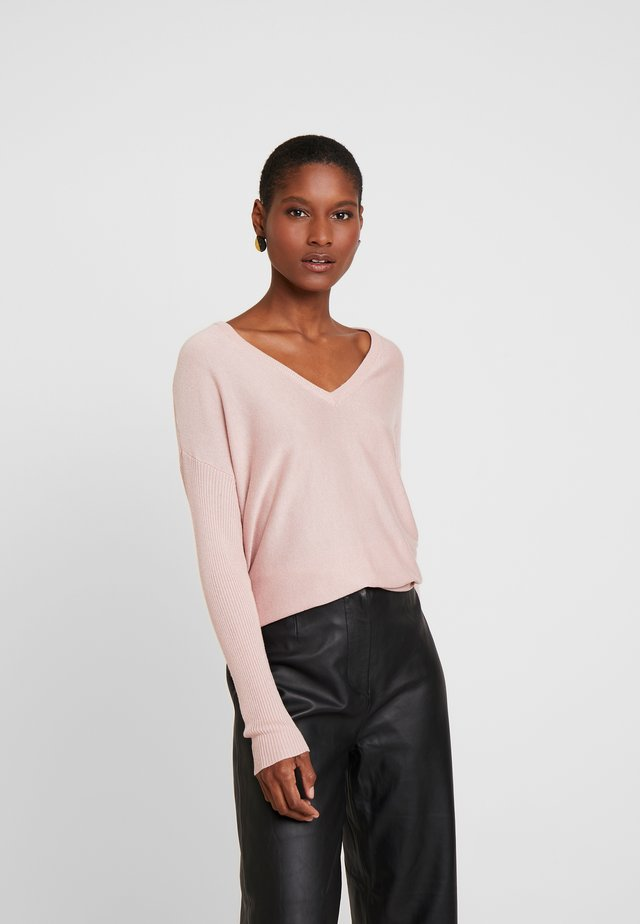 BASIC- SOFT OVERSIZED V-NECK - Jumper - pink