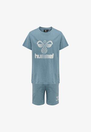 HMLPROUD - Shorts - bluestone