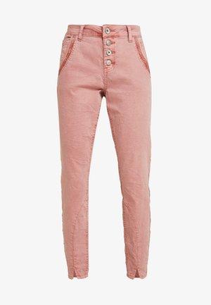 CALINA PANTS BAIILY FIT - Pantaloni - old rose