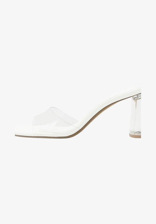 Sandaletter - white