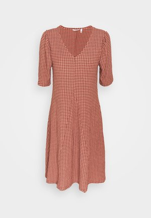 BYSOLTI DRESS - Sukienka letnia - canyon rose