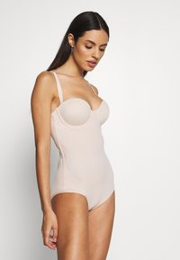 Maidenform - FIRM FOUNDATIONS LOW BACK COOL COMFORT ANTI STATIC - Body - nude - 0