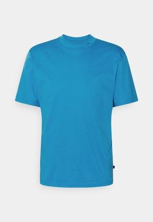 ACE MOCK NECK - Basic T-shirt - spring blue