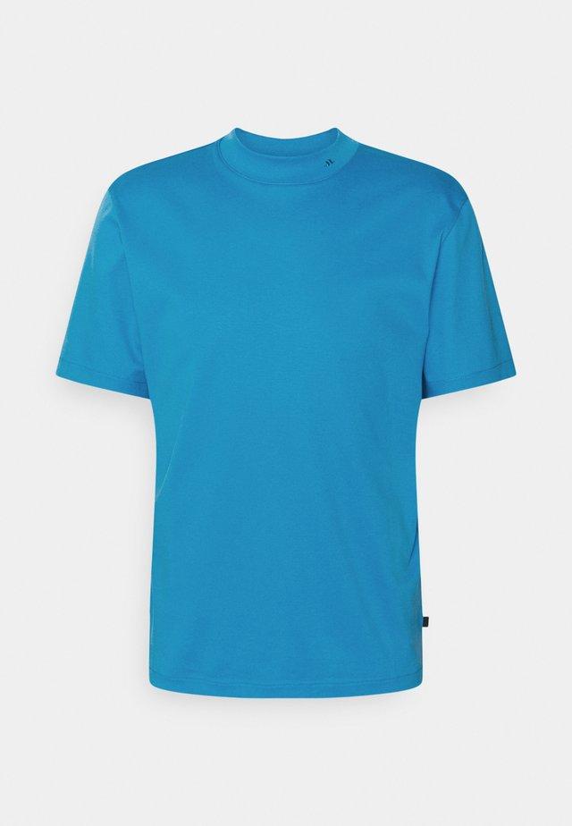 ACE MOCK NECK - T-shirt basic - spring blue