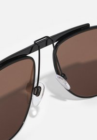 Burberry - UNISEX - Sluneční brýle - black - 2