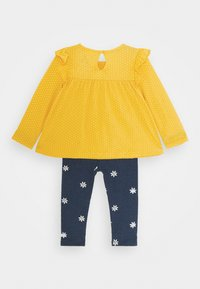 GAP - SET - Legíny - yellow sundown - 1
