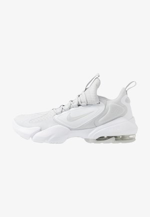 AIR MAX ALPHA SAVAGE - Sports shoes - pure platinum/white