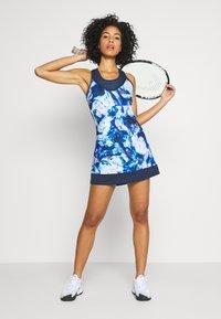 Head - DEMI DRESS - Jerseykjole - caleido royal/dark blue - 1