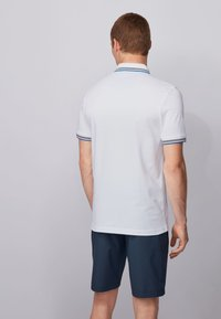 BOSS - PAUL CURVED - Polo shirt - natural - 3