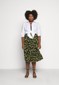 CAPSULE by Simply Be - PRINT PLEATED MIDI SKIRT - Pleated skirt - black/lime - 1