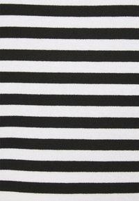 Opus - SEVUN - Pitkähihainen paita - black - 2