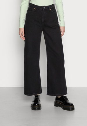 MICKI LIGHT BLUE - Relaxed fit jeans - black