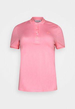 Polotričko - pinkish