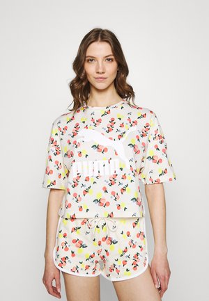 BOYFRIEND TEE - Print T-shirt - eggnog