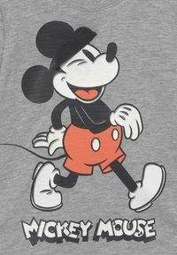 GAP - DISNEY MICKEY MOUSE GRAPHIC - T-Shirt print - light heather grey - 2