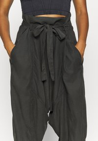 Free People - WADE AWAY HAREM - Pantalones - black - 3