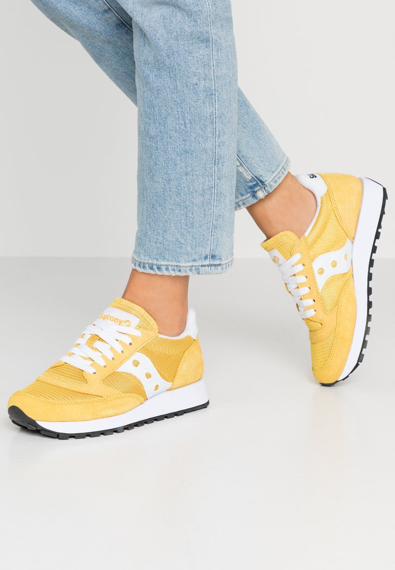 Saucony - JAZZ VINTAGE - Trainers - yellow/white